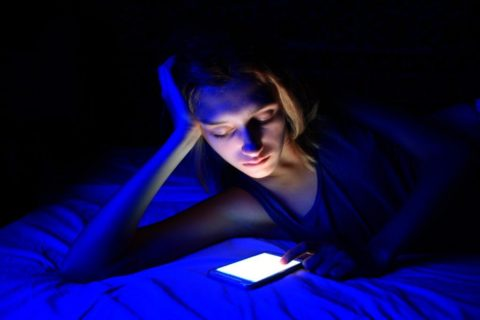 La luz de las pantallas no es buena para dormir