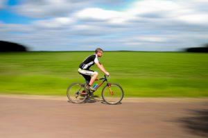 También puedes hacer hiit en bicicleta
