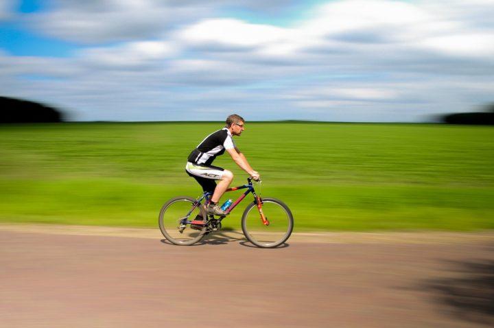 Entrenamiento HIIT en bicicleta