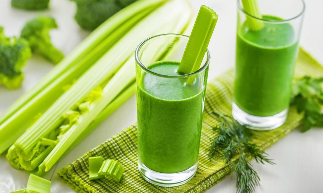 Los jugos forman parte de las dieta detox